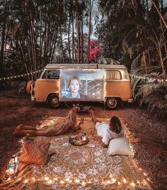 Vanlife Magazine, your first inspiration for Van Life. Learn how ma .,Vanlife Magazine, your first inspiration for Van Life. Learn how ma . - Vanlife Magazine, your first inspiration for Van Life. Learn how to travel …. Camper Life, Camper Van, Dream Dates, Fun Sleepover Ideas, Sleepover Room, Cute Date Ideas, Kombi Home, Van Living, Camping Car