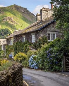 Rustic Loft, Rustic Cottage, Rustic Houses Exterior, Somerset England, English Countryside, Lake District, The Fresh, Land Scape, Britain