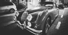 Jaguar #cars #photooftheday #picoftheday #bn #bwphotography #ferrol #bw #igers #igaddict #instalike #instadaily #canonespaña #street #streetphotography #callejeando #jaguar #coche #cochesantiguos