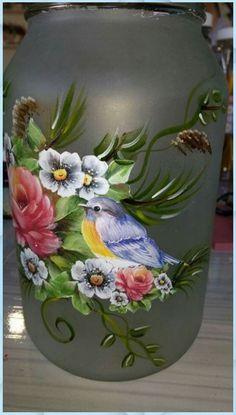 Hand Painted Wine Glasses, Painted Wine Bottles, Painted Jars, Glass Bottle Crafts, Wine Bottle Art, Bottle Painting, Diy Painting, Decoupage Jars, Glass Art