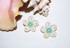 Vintage Shell Earrings by CheekyVintageCloset on Etsy, $12.50