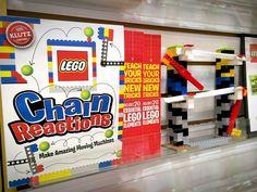 Apprenez à vos enfants l'art des réactions en chaîne avec des Lego grâce au nouveau livre de Klutz.