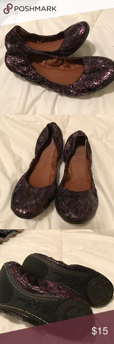 Lucky brand flats Worn a couple of times but still in good condition! Lucky Brand Shoes Flats & Loafers