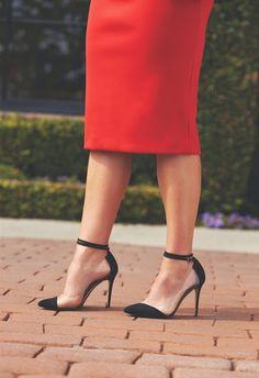 Fantasy Fashion Design: La nueva colección de Zapatos RAYE puede seducir a cualquier chica