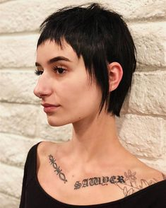 It all came together here, strong, soft, pretty and edgy Baby Girl Hairstyles, Pixie Hairstyles, Cool Hairstyles, Big Nose Beauty, Hair Beauty, Hair Inspo, Hair Inspiration, Pretty Nose, Baby Bangs