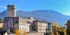 Castle of Buonconsiglio - Trento Beautiful Castles, Most Beautiful, Castles To Visit, Riva Del Garda, Tourist Information, Lake Garda, Beautiful Places To Visit, Travel Agency, Day Trips