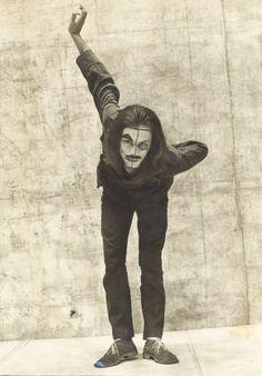 """José Wilker como Abelardo II em """"O Rei da Vela"""". (Foto: Fundo Teatro Oficina/Arquivo Edgard Leuenroth)"""