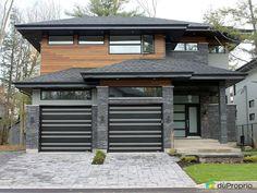 Cottage contemporain haut de gamme, stylé avec cour intérieure et spa intégré. Adossé au magnifique domaine... Facade, Garage Doors, Spa, Cottage, Outdoor Decor, Home Decor, Internal Courtyard, New Homes, Lineup