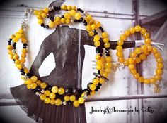A&F Designers. Yellow Agate.Yellow Jasper.Hand Made Jewelry.Love Yellow #DiseñadoresPeruanos#HandmadeJewelry#PeruvianDesigners#YellowAgate#BeautifulNecklace#YellowJasper#JoyeriaHechaaMano#JewelryPhotography#FashionJewelry#anthropologiemagazine#ByGLouJewelry#