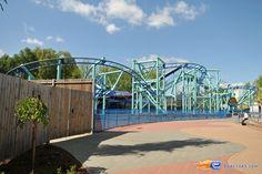 8/13 | Photo du Roller Coaster Jimmy Neutrons - Atomic Flyer situé à Movie Park Germany (Allemagne). Plus d'information sur notre site http://www.e-coasters.com !! Tous les meilleurs Parcs d'Attractions sur un seul site web !! Découvrez également notre vidéo embarquée à cette adresse : http://youtu.be/oYHYQodO8u4