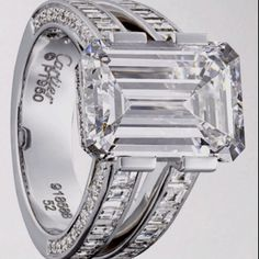A little ridiculous, but oh so pretty! Room for a great message put inside the ring! Cartier #engagement #ring