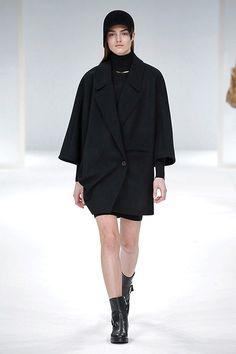 Paris Fashion Week:Chalayan