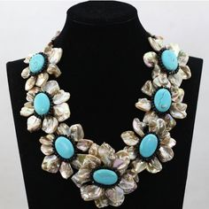 TURQUOISE HANDMADE MOTHER OF PEARL NECKLACE
