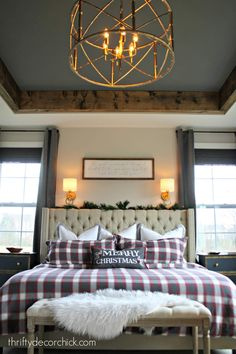Cozy Christmas master bedroom (the makeover continues) - Ceiling design Guest Bedrooms, Bedroom Makeover, Dark Wood Bedroom, Home Decor, Bedroom Furniture, Simple Bedroom, Rustic Master Bedroom, Trendy Bedroom, Master Bedroom Makeover