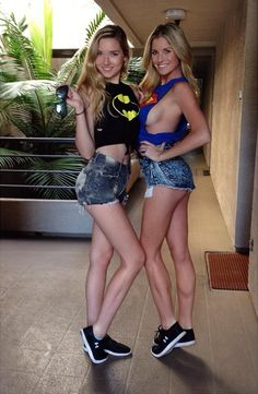 Ramblings of a Semi-Mad Man: Batgirl or Supergirl - Which One???
