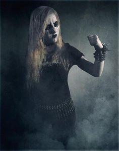 > Teufeskald < / Germany (Totengeflüster) Black Metal, Metal Health, Punk Women, Riot Grrrl, Metal Girl, Thrash Metal, Character Portraits, Death Metal, Skull Art