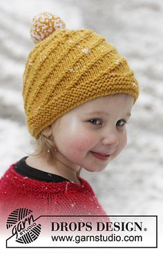 "Knitted DROPS hat with spiral pattern in ""Alaska"""