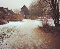 Der Park im Winter in Oyten  #winterwonderland #oyten #oytensüd #oytenistschön #winter #winterphoto #schnee #snow #cold #coldoutside #park