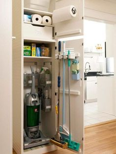 Cleaning storage in laundry room. Love this utility closet for the vacuum and other cleaning supplies for the mudroom - Home Decoration - Interior Design Ideas Diy Kitchen Storage, Small Bathroom Storage, Laundry Room Organization, Laundry Storage, Closet Storage, Diy Storage, Organization Ideas, Kitchen Pantry, Storage Shelves