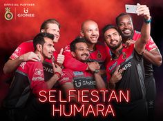 The Royal Challengers rise to the challenge of taking an inspiring Teamfie, with the Gionee A1. Featuring a 16MP front camera with 5P lens and Selfie Flash, the Gionee A1 lets you join Selfiestan Humara with picture-perfect selfies every time. And with 64 GB ROM expandable up to 256 GB, you have enough and more space to store all your clicks.