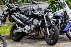 Honda Hornet 900 Honda Bikes, Honda Motorcycles, Honda Cb Series, Honda Cb250, Retro Bike, British Motorcycles, Street Fighter, Motorbikes, Yamaha