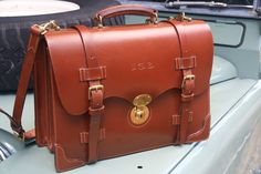 Custom Hand-Sewn Bag from Simon Baker and Full Review - Page 6 Leather Bags, Leather Men, Office Bags, Satchel, Crossbody Bag, Man Bags, Simon Baker, Casual Bags, Custom Bags