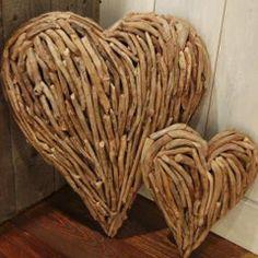 """""""Driftwood Heart"""" Wooden Art — Room at the Beach"""