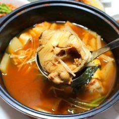 우엉 부각 만드는 방법 Thai Red Curry, Ethnic Recipes, Food, Essen, Meals, Yemek, Eten