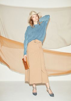 Runway Fashion, Fashion Show, Fashion Outfits, Womens Fashion, Fashion Photography Inspiration, Photoshoot Inspiration, Fashion Background, Japanese Fashion, Ladies Day