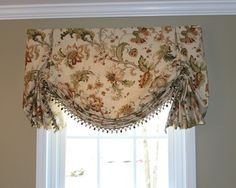 Valances - Top Treatments - London Shade Valance with ball fringe trim Traditional Window Treatments, Traditional Windows, Kitchen Window Coverings, Kitchen Window Treatments, Swag Curtains, Home Curtains, Kitchen Curtain Designs, Dining Room Windows, Window Design