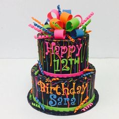 Neon Splatter Cake with Loopy Bow by Who Takes The Cake? Winner: HallieCakes Neon Splatter Cake with Loopy Bow by Who Takes The Cake? Neon Birthday Cakes, Birthday Party For Teens, Birthday Cake Girls, 12th Birthday Cake, Birthday Ideas, Neon Cakes, Glow Party, Girl Cakes, Party Cakes