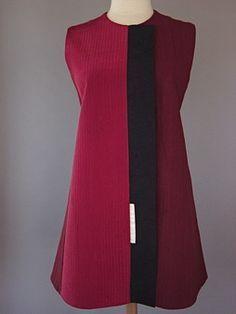 Princess line vest in rusty red raspberry in Japanese cotton and vintage silk - Juanita Girardin