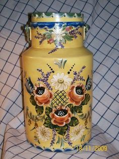 Canal Boat Art, Painted Milk Cans, Old Milk Cans, Napkin Decoupage, Country Paintings, Hand Painted Furniture, Coq, Tole Painting, Bottle Crafts