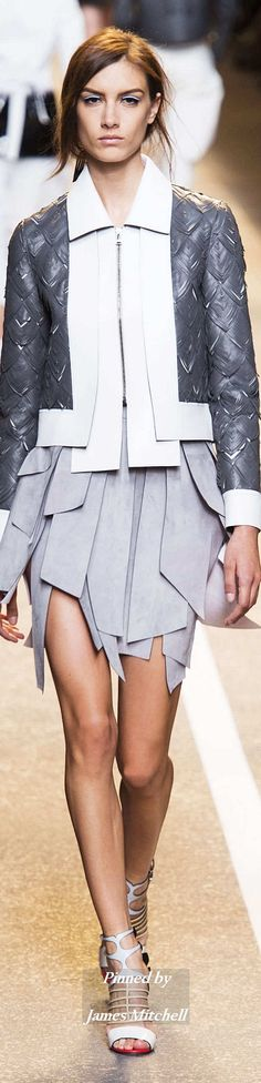 FENDI Collection Spring 2015 Ready-to-Wear Fashion Week 2015, Daily Fashion, Spring Fashion, Fashion Show, Autumn Fashion, Fashion Trends, Fendi, Cocktail Outfit, White Fashion