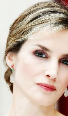 Queen Letizia - gorgeous in every way
