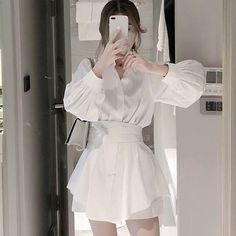 Korean Fashion Dress, Ulzzang Fashion, Korean Street Fashion, Kpop Fashion Outfits, Asian Fashion, Fashion Dresses, Dior Fashion, Cute Casual Outfits, Pretty Outfits