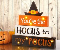 Harvest Decorations, Festival Decorations, Thanksgiving Decorations, Halloween Decorations, Table Decorations, Halloween Signs, Fall Halloween, Halloween Crafts, Halloween Season