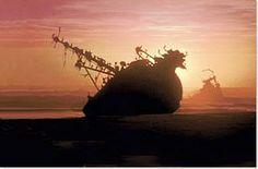 gestrandet Shipwreck at the Skeleton Coast. Namibia, Shipwreck, Skeleton, Bubble, Coast, Bucket, Travel, Pictures, Viajes