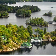 Canadas Most Beautiful Cottage Retreats | Readers Digest