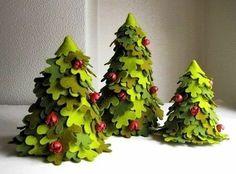 DIY Creative Handmade Felt Trees from Template Felt Diy, Handmade Felt, Felt Crafts, Felt Christmas, Christmas Projects, All Things Christmas, Christmas Trees, Felt Bookmark, Felt Tree