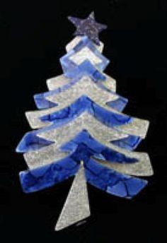 LEA STEIN CHRISTMAS TREE BROOCH. | Lea Stein Fir Tree | Pinterest ...