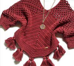 Boho chic crochet dress in Bikini Crochet, Crochet Shirt, Crochet Yarn, Crochet Stitches, Knit Crochet, Crochet Patterns, Boho Chic, Crochet Decoration, Crochet Winter