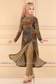 Long Dress Design, Stylish Dress Designs, Stylish Dresses, Casual Dresses, Indian Fashion Dresses, Muslim Fashion, Hijab Fashion, Fashion Outfits, Casual Frocks