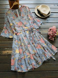 SHARE & Get it FREE | Floral Print Flare Sleeve Surplice Dress - Blue GrayFor Fashion Lovers only:80,000+ Items • New Arrivals Daily Join Zaful: Get YOUR $50 NOW! Blue Dresses, Casual Dresses, Summer Dresses, Modest Outfits, Cute Outfits, Hijab Fashion, Fashion Dresses, Short Frocks, Modelos Plus Size