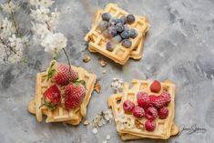 Shoarma z kurczaka przepis na genialny obiad Thermomix – Thermomania Food Truck, Waffles, Breakfast, Recipes, Thermomix, Morning Coffee, Food Carts, Recipies, Waffle