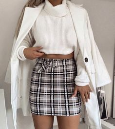 How to wear fall fashion outfits with casual style trends Look Fashion, Teen Fashion, Fashion Outfits, Fashion Trends, Fashion Clothes, Fashion Mode, Feminine Fashion, Fashion Pics, Fashion Ideas