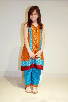 Pakistani Dresses on Eid for Girls (72)
