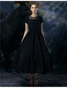 Black Vintage Style Tea Length Prom Dress from Dressific. I sort of want to live in this gorgeous black frock 24/7 - especially once fall returns. #vintage_style #fashion #dresses