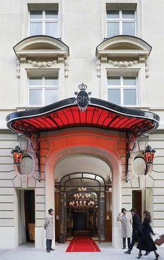 Le Royal Monceau Raffles ParisParis
