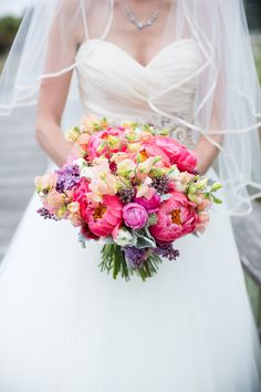 #bouquet  Photography: Theo Milo Photography - theomilophotography.com  Read More: http://stylemepretty.com/2013/09/13/bald-head-island-wedding-from-theo-milo-photography-2/
